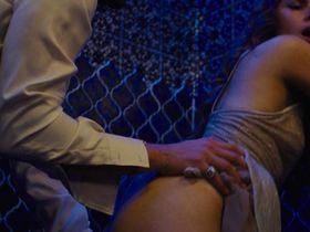 Эми Адамс голая — Афера по-американски (2013) #2