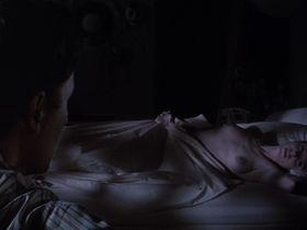 Мэри-Луиз Паркер голая — Большой каньон (1991)
