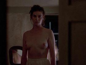 Келли МакГиллис голая — Свидетель (1985)