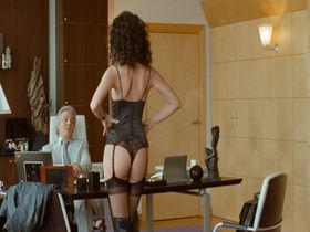 Линда Харди секси - Ты можешь хранить тайну? (2008)