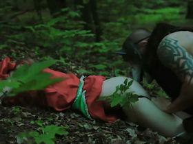 Малгожата Круковская секси - Красный Колпак: Падший (2015) #4