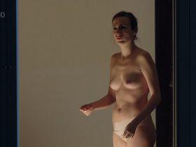 Моника Рейс голая - Место преступления e827 (2012)