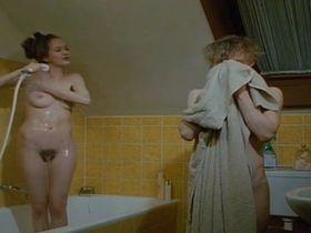 Штефани Штаппенбек голая - Der Kleine und der alte Mann (1993)