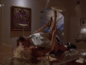 Шон Янг секси - Фатальный инстинкт (1993) #1