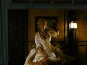 Элис Тальони секси - Остров сокровищ (2007) #1
