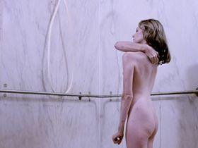 Дайян Халл голая - Пятый этаж (1978)