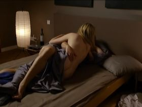 Зильке Боденбендер голая - Eine verhangnisvolle Nacht (2013)