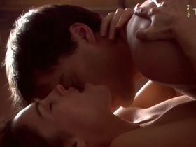 Эми Джо Джонсон секси - Инъекция смерти (2006)