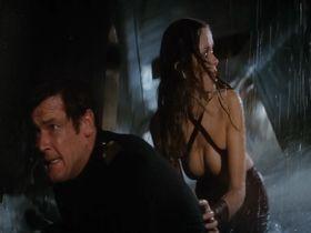 Барбара Бах секси - Шпион, который меня любил (1977)
