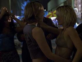 Кирстен Данст секси - Безумные и прекрасные (2001) #2