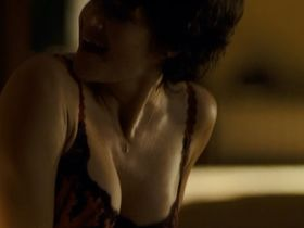 Карла Гуджино секси - Право на убийство (2008)
