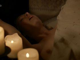 Мартина Поэль голая - Четыре женщины и одни похороны s01e10 (2005) #2