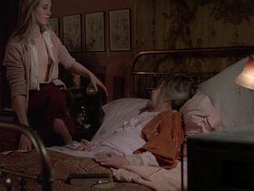 Кэтрин Харрисон голая - Черная луна (1975) #2