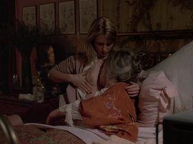 Кэтрин Харрисон голая - Черная луна (1975)