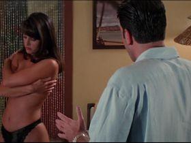 Жаклин Обрадорс секси - Шесть дней, семь ночей (1998) #10