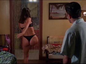 Жаклин Обрадорс секси - Шесть дней, семь ночей (1998) #7