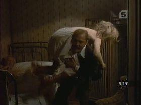 Фэй Данауэй секси - Док (1971) #1
