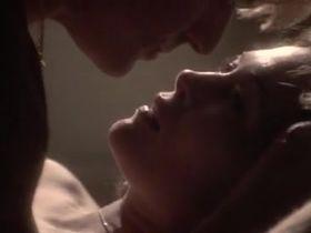 Фэй Данауэй секси - Три дня Кондора (1975)