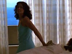 Джули Уорнер секси - Части тела s01e09 (2003) #1