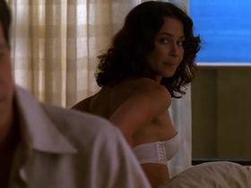 Джули Уорнер секси - Части тела s01e09 (2003) #3