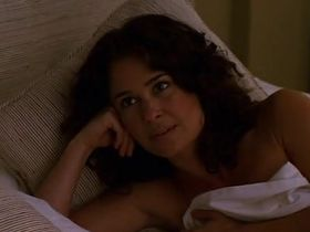 Джули Уорнер секси - Части тела s01e09 (2003) #4