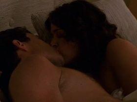 Джули Уорнер секси - Части тела s01e09 (2003) #5