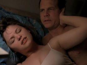 Джиннифер Гудвин секси - Большая любовь s01e01 (2006) #8