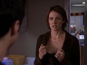 Криста Миллер секси - Клиника s01e06 (2001) #1