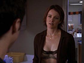 Криста Миллер секси - Клиника s01e06 (2001) #2