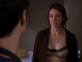 Криста Миллер секси - Клиника s01e06 (2001)