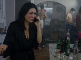Даниэлла Пинеда секси - В объезд s01e04 (2016) #5