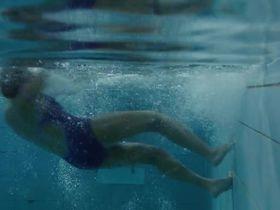 Карла Кроум секси - Мимо цели s01e02 (2012) #2