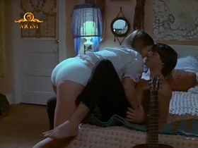 Келли Уильямс секси - А вот и моя крошка (1994)