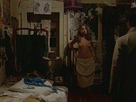 Барбара Бах голая - Невезучий папарацци (1977) #3