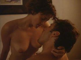 Дженнифер Рубин голая - Ночной незнакомец (1994)