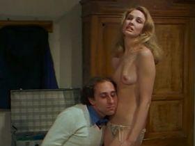 Элизабет Тернер голая - Докторша под простыней (1976) #4