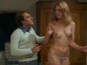 Элизабет Тернер голая - Докторша под простыней (1976) #7