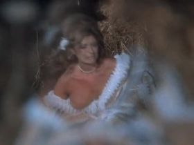 Сибил Даннинг голая - Оружие Господне (1976) #7