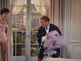 Джоан Коллинз секси - Собирайтесь вокруг флага, ребята! (1958) #4