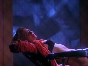 Дениз Кросби голая - Дневники «Красной туфельки» s01e03 (1992) #3