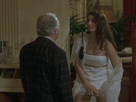 Клотильда Куро секси - Бригада по-французски (2002) #2