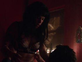 Эмили Хэмпшир секси - Мужчина ищет женщину s01e03 (2015) #2