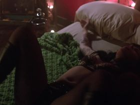 Эмили Хэмпшир секси - Мужчина ищет женщину s01e03 (2015) #4