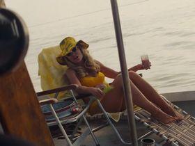 Ребекка Гэйхарт секси - Однажды в... Голливуде (2019) #2