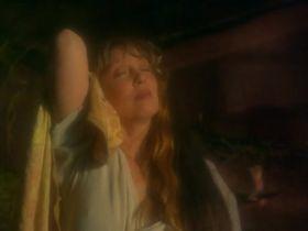 Шелли Дювалл секси - Сумерки ледяных нимф (1997) #1