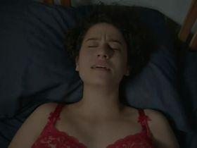 Илана Глейзер секси - Брод Сити s01e06 (2014)