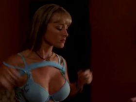 Дженнифер О'Делл секси - Вампиры: Возрождение древнего рода (2006) #5