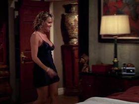 Дженнифер О'Делл секси - Два с половиной человека s05e02 (2007) #1