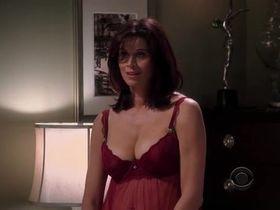Дженнифер Бини Тейлор секси - Два с половиной человека s06e08 (2008) #6