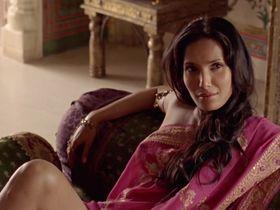 Падма Лакшми секси - Шарп (2006)